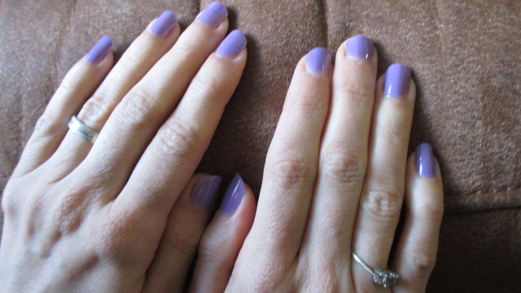 Avon Color Trend nail enamel in Wild Blackcurrant | Musings of a ...