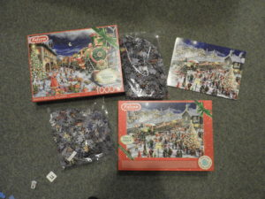 Opened jigsaw box