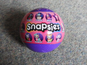 Funko Snapsies ball