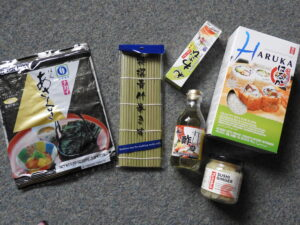 Sous Chef sushi making set contents 2