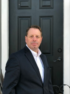 author Roger Stelljes